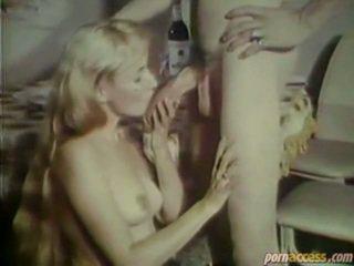 Dvd laatikko offers sinua klassinen porno vid