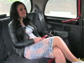 Big ass amateur sex with her taxi driver