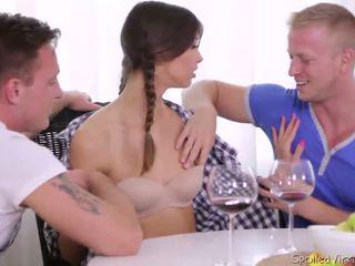 Virgin marisa looses virginity su two guys