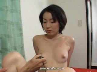 श्यामला, जापानी, गुदा