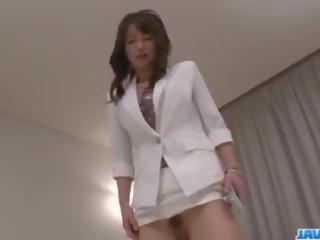 Asiática enfermeira ayumi iwasa devours caralho entre dela mãos