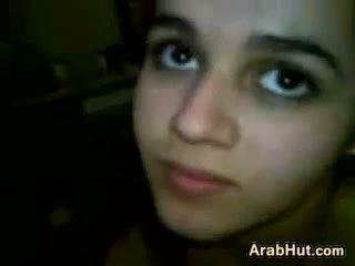 Arab teismeline tüdruk imemine tema boyfriends riist