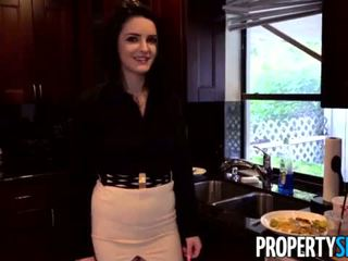 Propertysex - careless todellinen estate agent fucks pomo kohteeseen pitää hänen työ