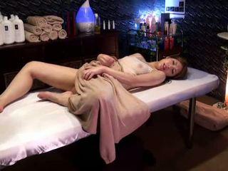 Mosaic: hochschule mädchen reluctant orgasmus von masseur