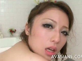 ボインの 日本語 ママ likes それ 深い で ザ· バスルーム