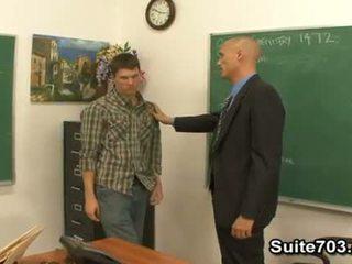 Gej nauczycielka troy pieprzenie student william ciężko