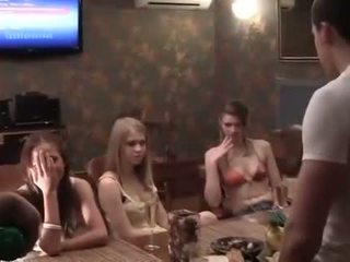 Two cocks jaoks a purjus kolledž pidu tüdruk