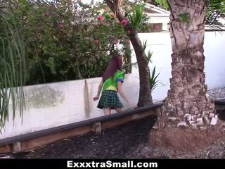 Exxxtrasmall - เล็ก หญิง scout ระยำ โดย มหาศาล ควย