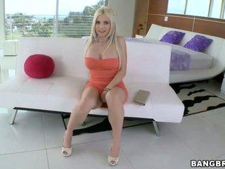 Pozand și frumos futand
