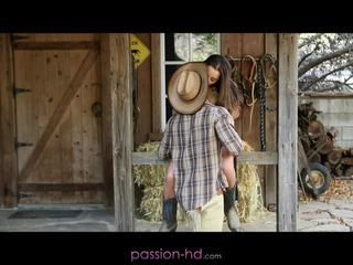 Hot cowgirl dani daniels creampied out...