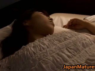 แก่แล้ว ญี่ปุ่น สาวๆ gets fingered