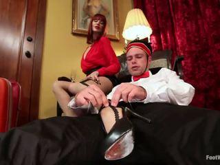 旅館 guest maitresse madeline dominates 該 bellboy 在 腳 物神 vid