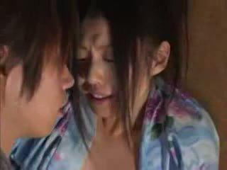 Jepang family (brother and sister) bayan part02