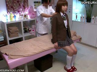 Ιαπωνικό έφηβος/η σχολείο κορίτσι σώμα μασάζ
