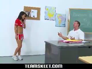 Asiatiska Tonåring