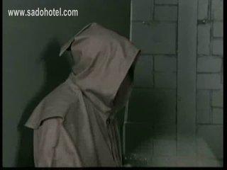 Maganda madre may kanya palda up ay bending over at ay spank