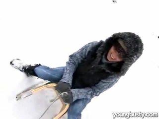 Kyut oustanding suso sa loob ang snow