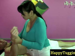 Πραγματικός ταϊλανδός/ή masseuse playthings κοντά να zonker