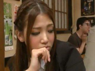 Nanako hoshizaki has उसकी बीवर निर्मित प्यार से backside में the restaurant