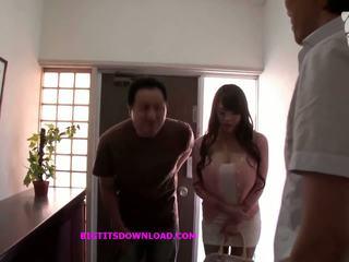 Asiatico con grande tette wearing un purple bikini: gratis porno d3