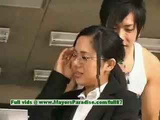 Sora aoi innocent frekk asiatisk sekretær enjoys getting