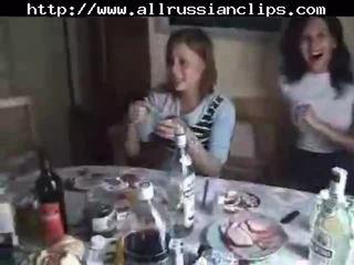 Russe students sexe orgie partie 1 russe cumshots avale