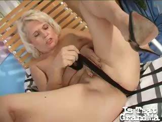 Beguilding Blonde Granny Leona Masturbating Her Twat With