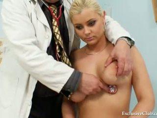 Velika prsi alexa bold zelo poredno gyno muca spekulum
