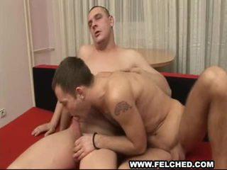 Garçon ami gives homosexual digne anal sans protection