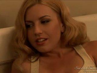 Lexi belle ทำให้ guy สำเร็จความใคร่ ใน เธอ กางเกงใน
