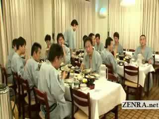 Japanisch nackt sushi preparation selten hinter die szenen