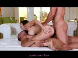 Passion hd: pierwszy dp na laska holly michaels