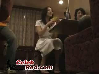 Pijane japońskie dziewczyna fucked w bar toaleta pijane
