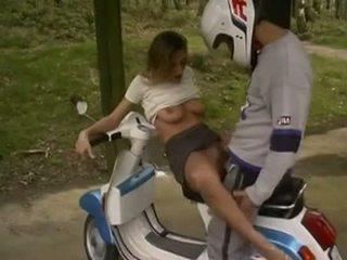 ב motorbike