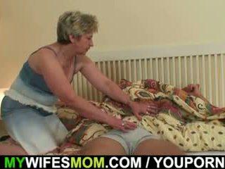 Suo moglie finds lui partner multipli mother-in-law!