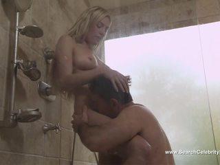 金发, 淋浴, 名人