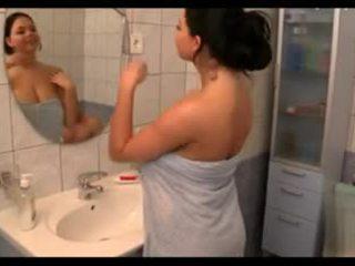 titten, große brüste, duschen