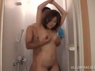 Japonské pair has a douche a has xxx v the living izba