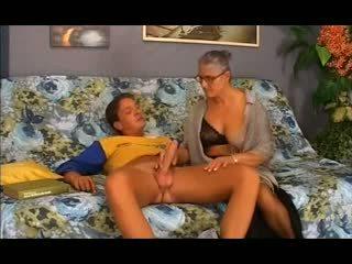Vieux vieille takes elle en la cul, gratuit anal porno 12
