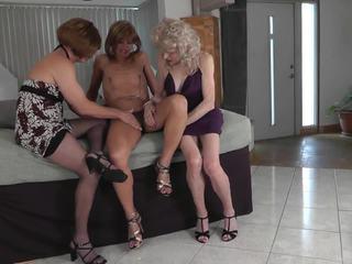 crossdresser, threesome, มือสมัครเล่น