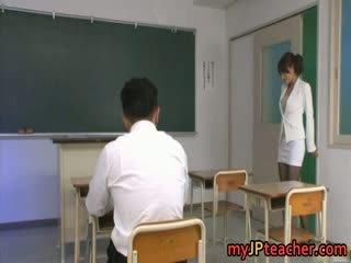 Karen kisaragi 日本語 媽媽我喜歡操 是 一 熱