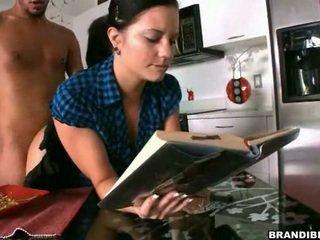 Mārciņa mani astounding kamēr es lasīt mine grāmata