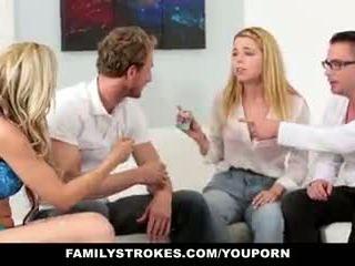 Familystrokes - família jogo noite orgia
