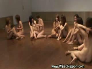 벌거 벗은 jap 체육관 클래스