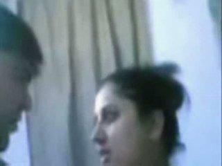 Indiana maduros casal a foder muito difícil em casa de banho
