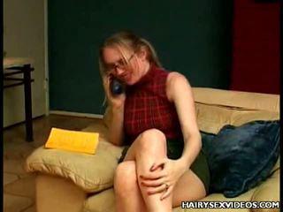 Волосата muff takes пеніс pounding