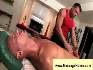 Troy michaels gives čiulpimas į masseuse