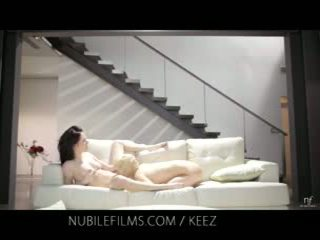 Aiden ashley - nubile film - lesbička lovers podíl sladký kočička juices