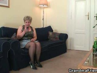 nenek, nenek, muda lama