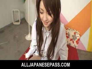 Japans cutie ria sakurai has haar furry muff filled met piemel